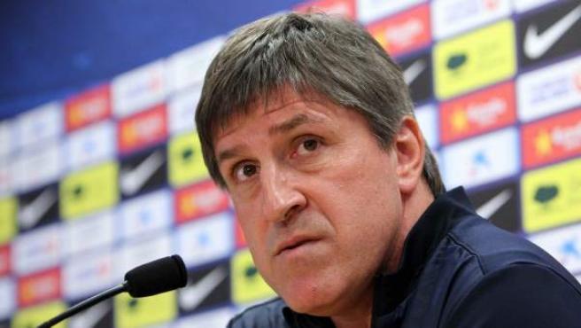 El segundo entrenador del FC Barcelona, Jordi Roura, en rueda de prensa.