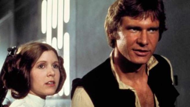Los actores Mark Hamill, Carrie Fisher y Harrison Ford, en un fotograma de 'La guerra de las galaxias'.