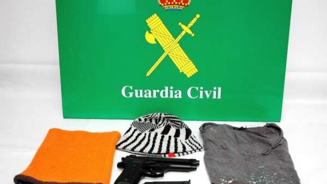 Efectos intervenidos a atracador de Poio (Pontevedra)