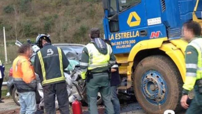 Accidente de tráfico en Proaza