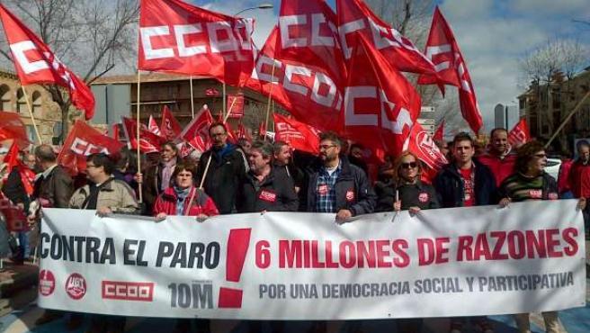 Manifestación domingo 10 cumbre social