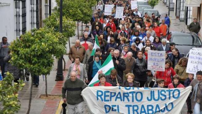 Manifestación en El Coronil en apoyo a la huelga de basura