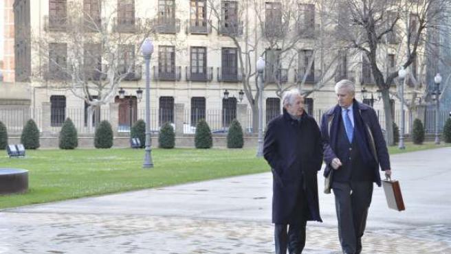 Los expresidentes de Aragón Santiago Marraco y Santiago Lanzuela.