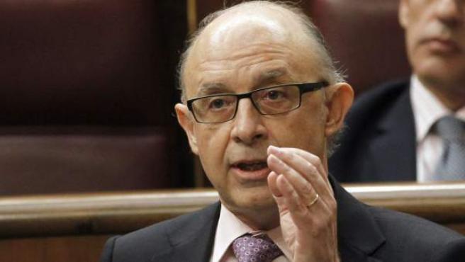 El ministro de Hacienda, Cristóbal Montoro, durante su intervención en unasesión de control al Gobierno en el Congreso de los Diputados.