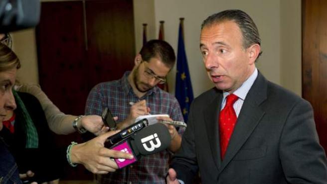 Carlos Delgado, actual consejero de Turismo y Deportes de las islas y alcalde de Calviá cuando se hicieron las concesiones de radio.