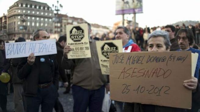 Imagen de archivo de una manifestación convocada por la PAH para reivindicar el derecho a la vivienda en el centro de Bilbao.