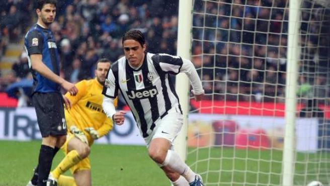 El jugador de la Juventus de Turín, Matri, durante la celebración de un gol al Inter.
