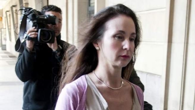 La magistrada Mercedes Alaya, a su llegada a los Juzgados del Prado (Sevilla).