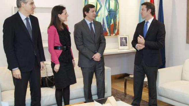 Alberto Núñez Feijóo recibe al nuevo presidente de AJE