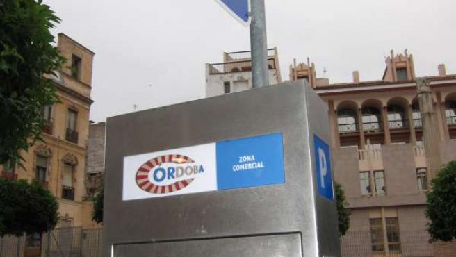 Máquina Expendedora De Tickets De Los Aparcamientos En Zona Azul En La Capital