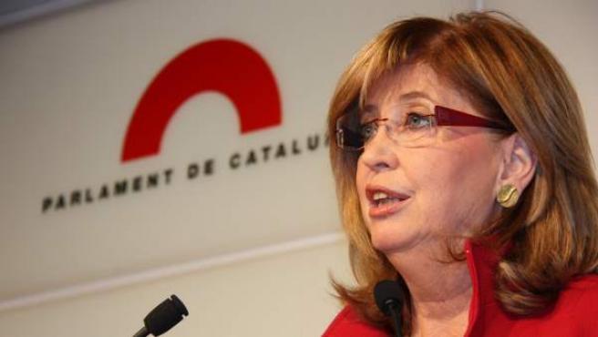 La consejera de Educación, Irene Rigau, en el Parlament de Cataluña.