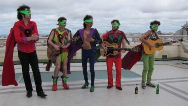 Los miembros de La Pandilla Voladora.