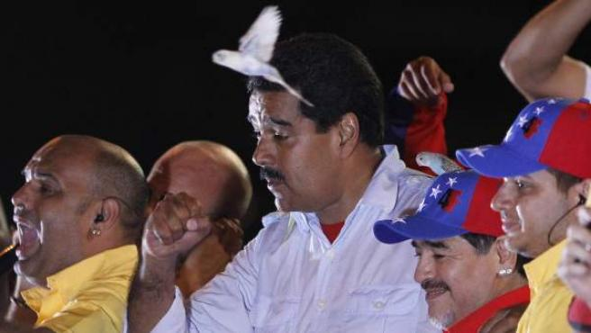 El presidente encargado de Venezuela Nicolás Maduro, en al acto de cierre de su campaña electoral para la presidencia de Venezuela en Caracas (Venezuela).