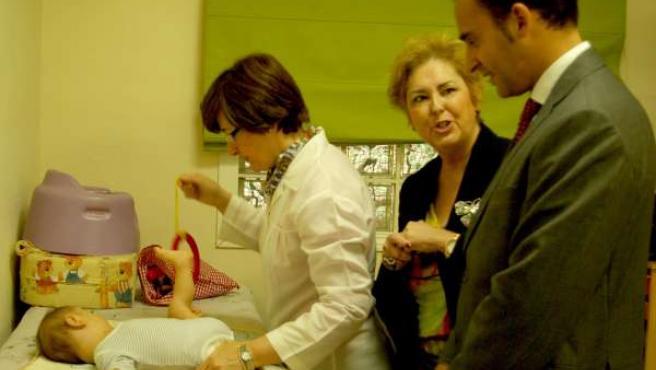 Atención temprana a un bebé delegado de Salud Junta Málaga Daniel Pérez