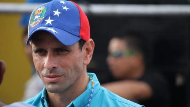 El candidato venezolano opositor Henrique Capriles, el24 de marzo de 2013, durante una asamblea de ciudadanos que se llevó a cabo en Carora (Venezuela).