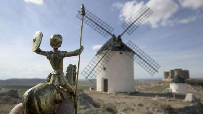 Una figurita de Don Quijote.