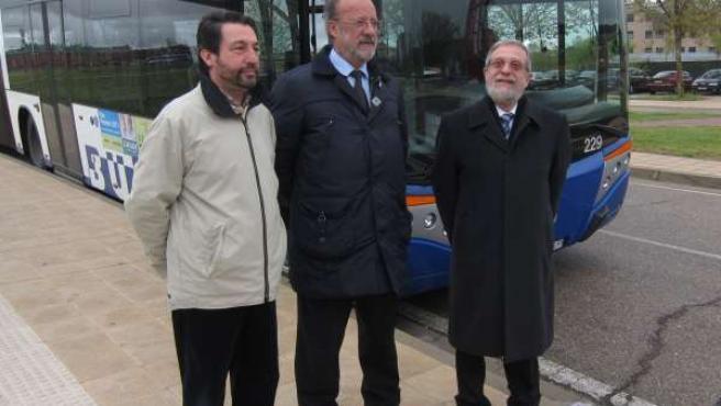 El gerente de Auvasa, el alcalde de Valladolid y el rector de la UVA