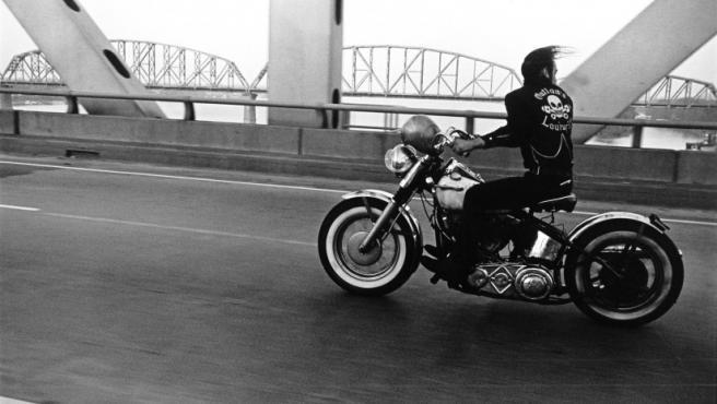 Foto de la serie sobre motociclistas de Danny Lyon