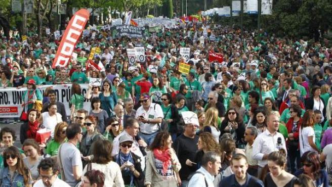 Multitudinaria manifestación en Madrid contra los recortes en Educación y la polémica Ley Wert.