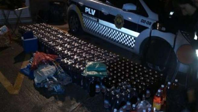 Bebidas intervenidas por la Policía Local en la calle Bombero Ramón Duart