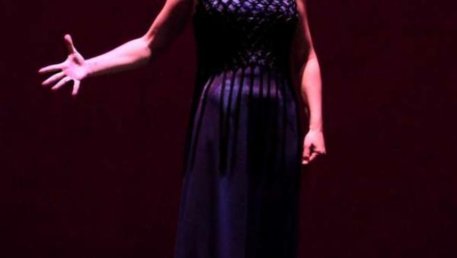 La bailaora Sara Baras en el espectáculo 'La Pepa'