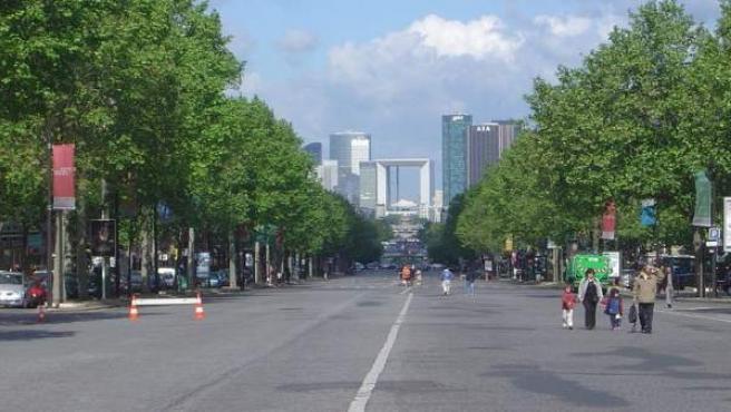 Imagen del barrio parisino de La Défense.