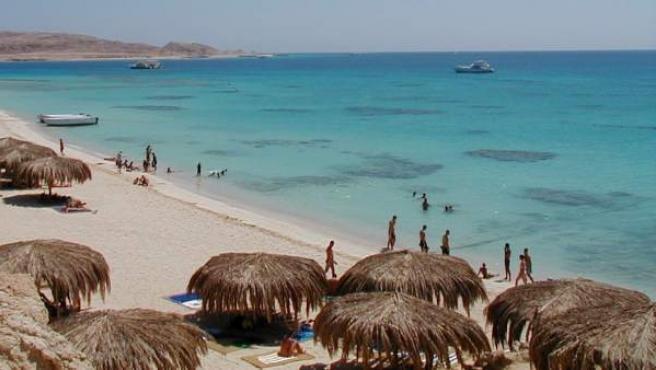 Playa de Al-Mahmya en la localidad turística de Hurgada (Egipto).