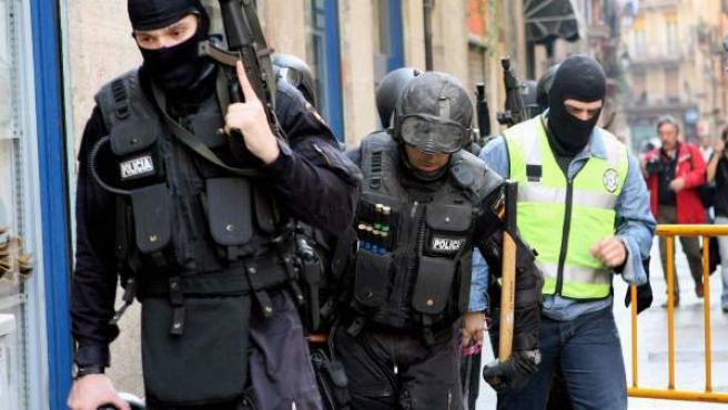 Agentes de los GEO de la Policía Nacional, en una imagen de archivo.