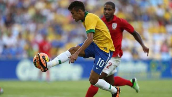 Neymar, en el amistoso Brasil-Inglaterra de reinauguración de Maracaná.