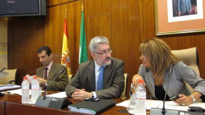 El Consejero Ávila, En Comisión Parlamentaria