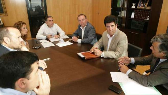 Reunión Bendodo y alcaldes de la Axarquia