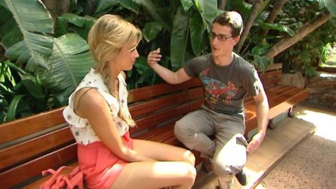 Corina recibe a un pretendiente en 'Un príncipe para Corina'.