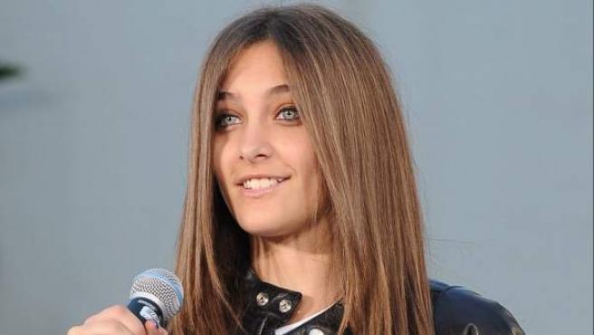 Paris Jackson, hija de Michael Jackson, durante una ceremonia en honor a su padre en enero de 2012.