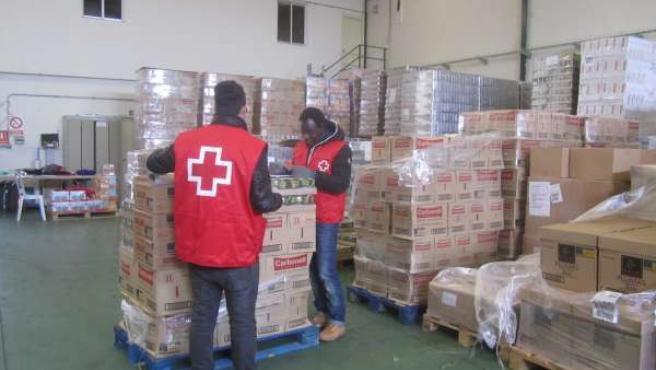 Alimentos para su distribución por parte de Cruz Roja