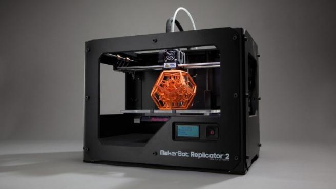 La impresora 3D MakerBot Replicator, que se vende en los EE UU por unos 2.000 dólares