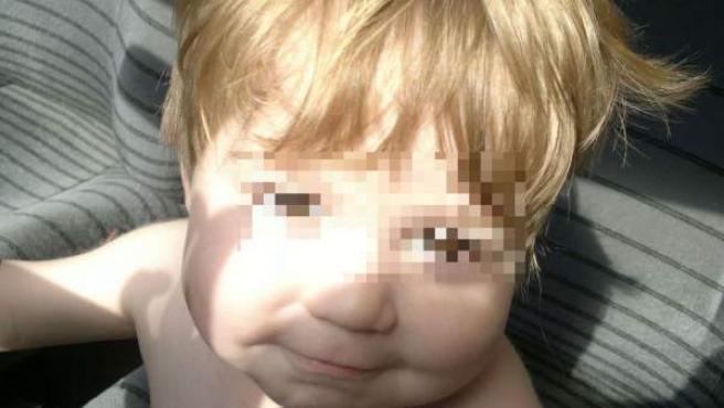 Renzo, el niño argentino de dos años que mantiene en vilo a Argentina por el estado de su corazón.