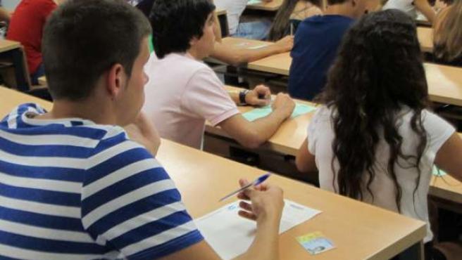 Alumnos, Estudiantes, Examen, Selectividad, PAU, Universidad De Sevilla