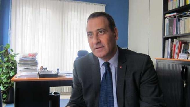 Fernando Lastra, en su despacho