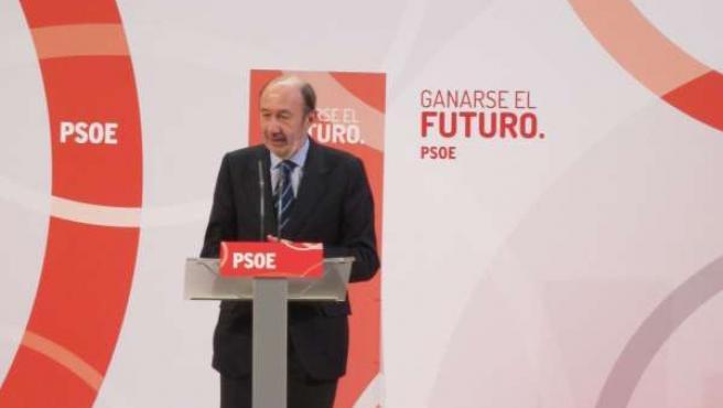 Rubalcaba en un acto público en Santander