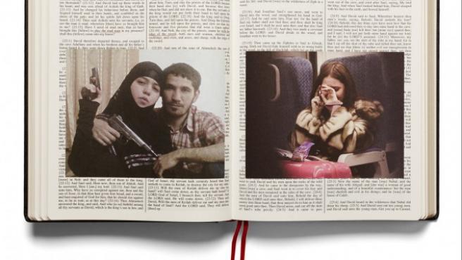 """Una """"viuda negra"""" chechena y su marido en las páginas del Libro de Samuel de la nueva """"Holy Bible"""""""