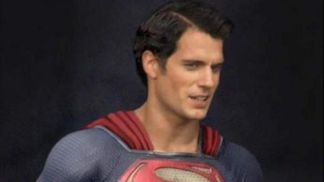 Henry Cavill en el papel de Superman.