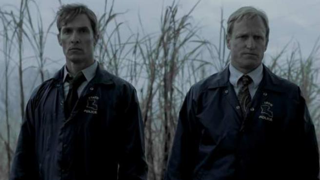 Matthew McConaughey y Woody Harrelson en 'True Detective'.