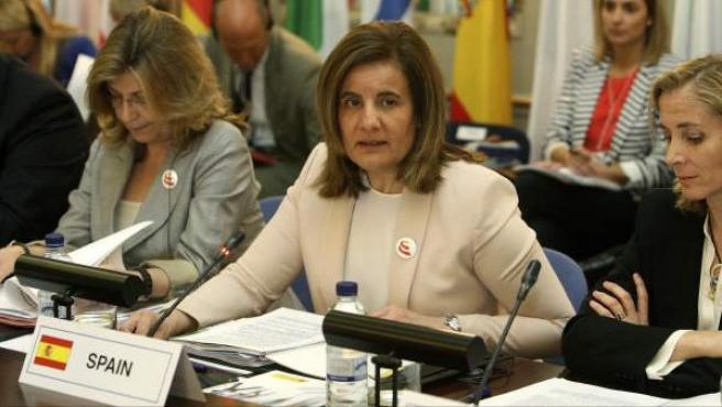 Fotografía facilitada por el Ministerio de Empleo de la titular del departamento, Fátima Bañez, durante la reunión técnica de los ministros y secretarios de Estado de Empleo de la Unión Europea.