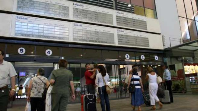 Estación de trenes AVE en Santa Justa, Sevilla
