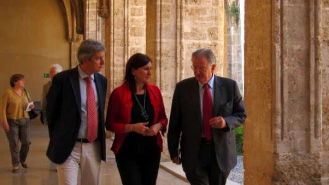 Rafael Ripoll, Maria José Català y Felipe Garín en el Centre del Carme