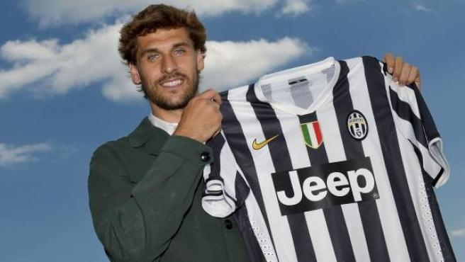 Fernando Llorente en su presentacion con la Juventus.