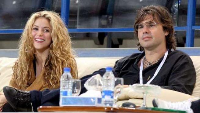 Shakira y Antonio de la Rúa, en una foto de 2009.