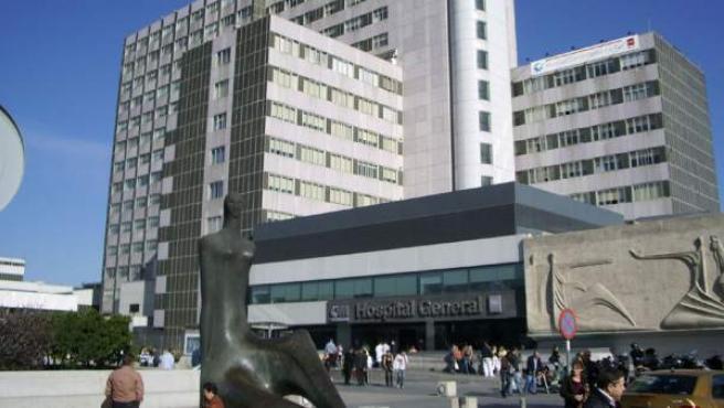 Fachada del Hospital La Paz de Madrid.