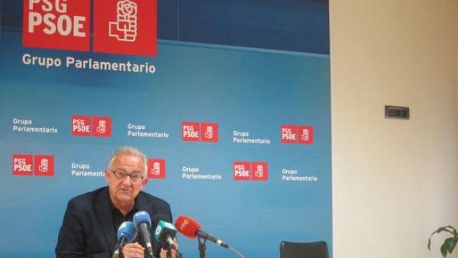 El diputado del PSdeG José Luis Méndez Romeu