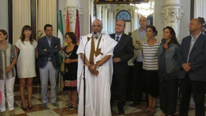 De la Torre y el representante de la Delegación Saharaui para Andalucia